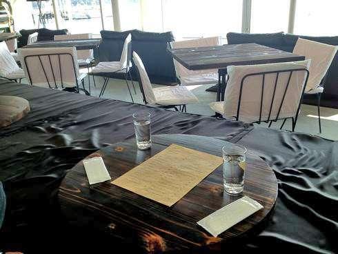 カフェ 24/7 coffee&roaster 宇品FLEX店内の様子5