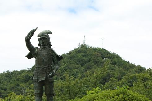 因島公園 から展望台を眺める
