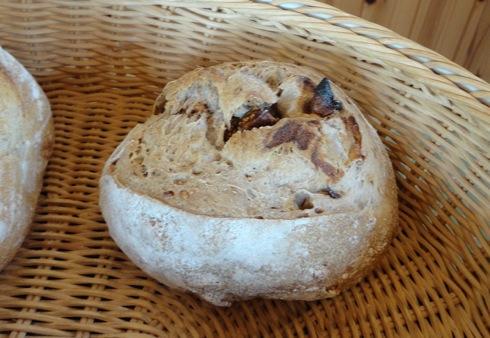 パン屋 ルサンク イチジクパン