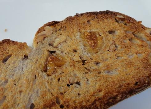パン屋 ルサンク イチジクパン3
