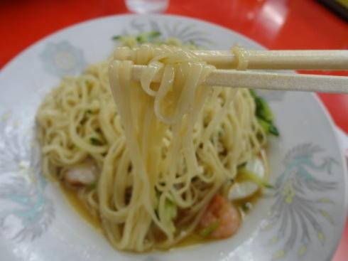珍来軒の呉冷麺 平打ち麺