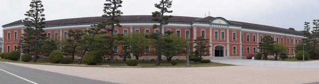 江田島 旧海軍兵学校の生徒館(赤レンガ) 全景