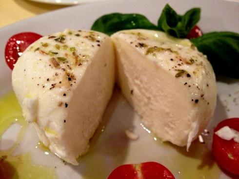 ナプル(Napul) 三良坂フロマージュのモッツァレラチーズ2
