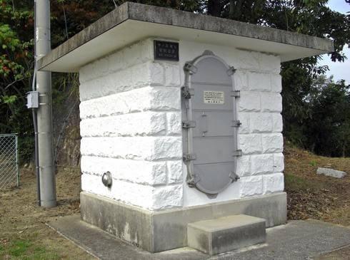 大崎上島・中ノ鼻灯台の管制器室
