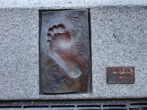 足形みち、谷川俊太郎など 尾道に残る著名人の足跡
