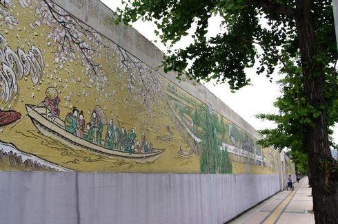 広島拘置所の壁画アート