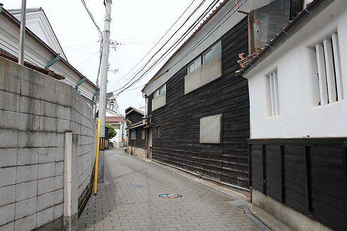 酒蔵通り、東広島市西条の町並み6