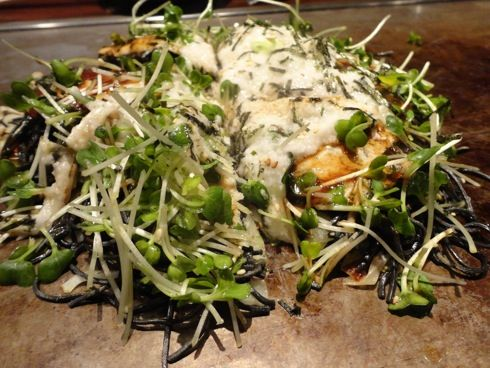 川創 炭麺のお好み焼き 2