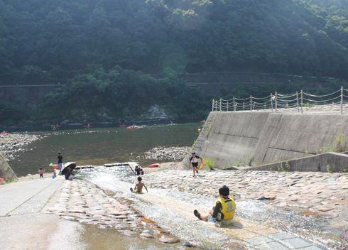 江の川カヌー公園さくぎ 川遊び
