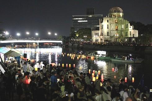 広島 とうろう流しの画像5