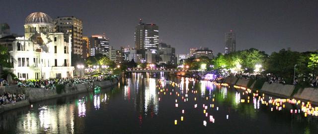広島 とうろう流しの画像11