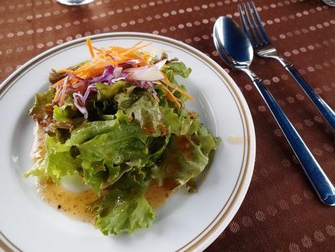 ラ・パレッタ(la Paletta) ランチのサラダ