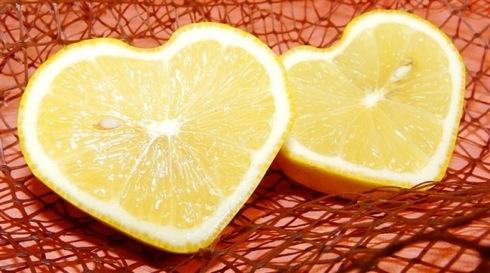 ハート型のレモン