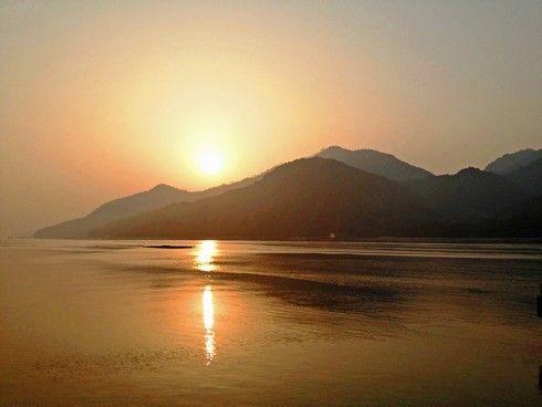 宮島からの朝日の画像9
