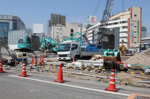 工事が続く 広島駅前開発、解体後の愛友市場の風景