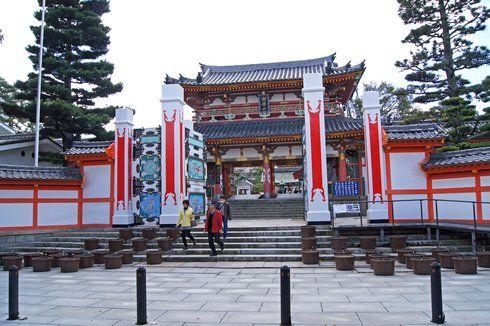 耕三寺の入り口