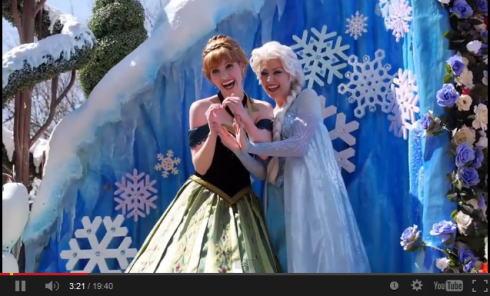 アナと雪の女王 続編に期待大!パークには早くもアナエルサ姉妹登場