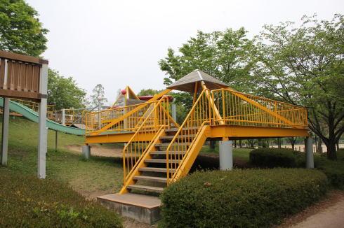 千田公園 アスレチック画像1