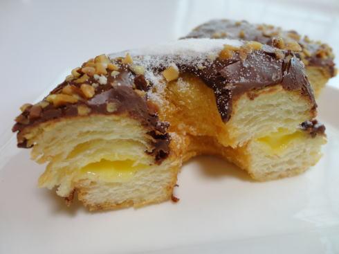 ローソン クロワッサンドーナツ チョコレート