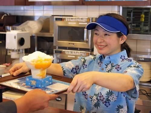 コットンスノーキャンディ、ふわふわ新食感 ミスドのかき氷