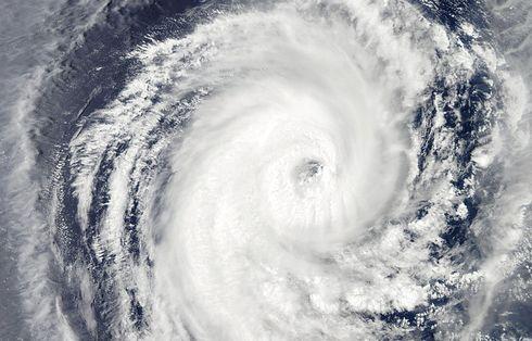 台風情報 台風8号の進路と対策、過去最大級クラス 警戒を!関東は11日頃に上陸