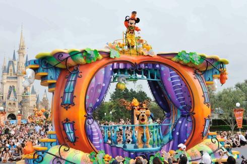 ディズニーハロウィーン2014 登場フロートイメージ