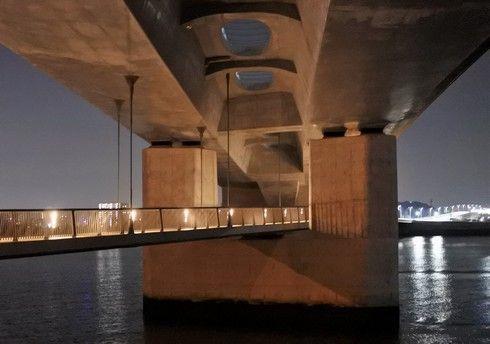太田川大橋の歩道
