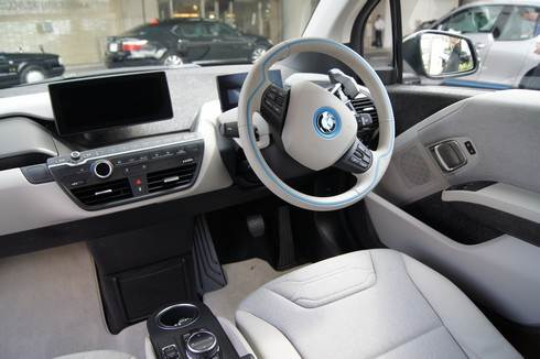 BMWi3 運転席はゆったり