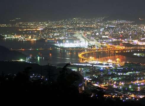 串掛林道から広島市の夜景を見下ろす