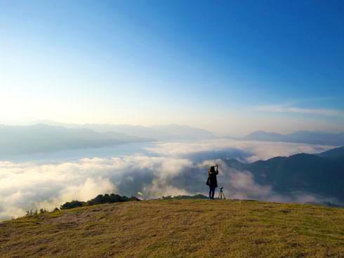 雲海が広がる荒谷山からの眺め