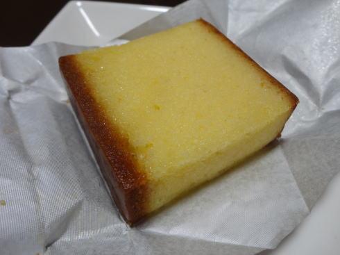 三上貫栄堂 洋酒ケーキ4