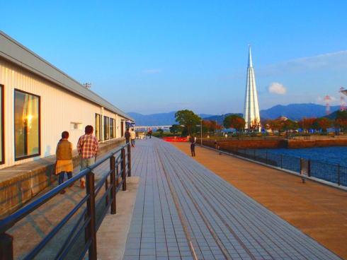 これは便利!広島みなと公園など、宇品駐車場 最初の1時間無料へ