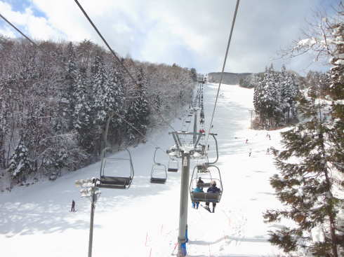 女鹿平スキー場(めがひらスキー場)、IC近く周辺施設も充実