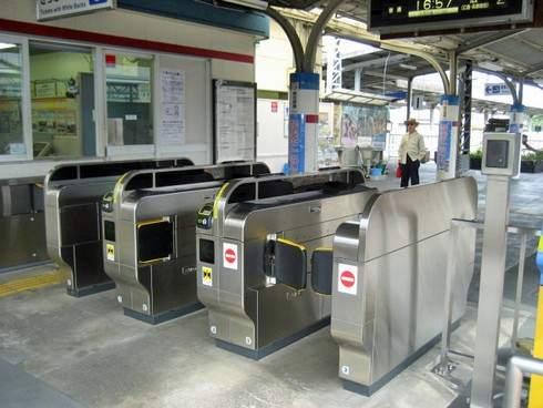 新しくなった可部駅の自動改札