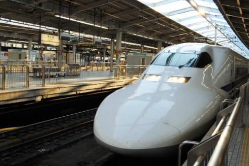 カープ球団が再び新幹線貸切!5000円でマツダスタジアムへの旅