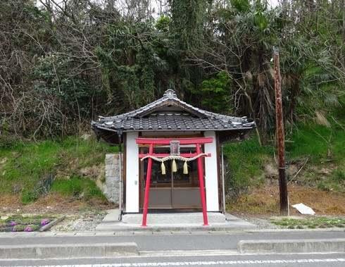 佐木島八十八カ所巡り、小さな祠も