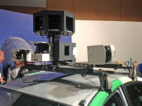 ストリートビュー撮影車のカメラ