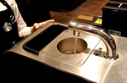 スタバ クローバー、1回ごとに洗浄する