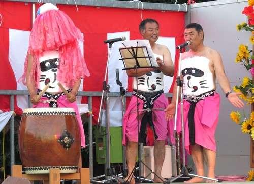 豊栄へそ祭り、へそ踊りの様子 東広島 のん太