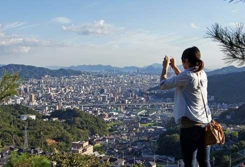 毘沙門堂、権現山の赤い塔を目指して登ってみた