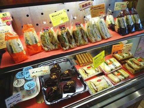 パン屋 じゅりあん サンドイッチなど(店内)