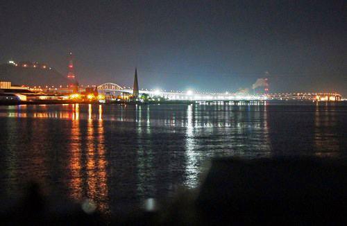 宇品から見た広島大橋と海田大橋の夜景
