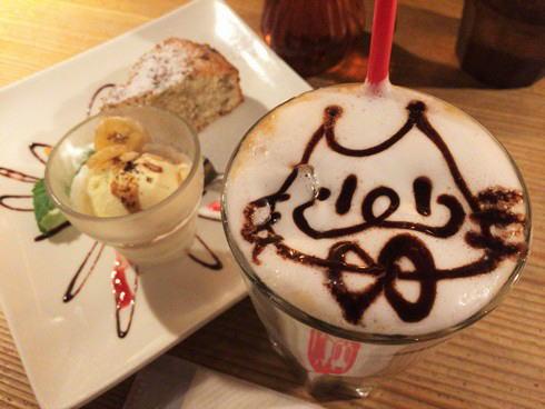 尾道 やまねこカフェ、おひとり様も過ごしやすい人気店は夜カフェOK