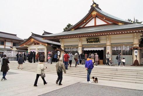 広島城のたもとにある護国神社