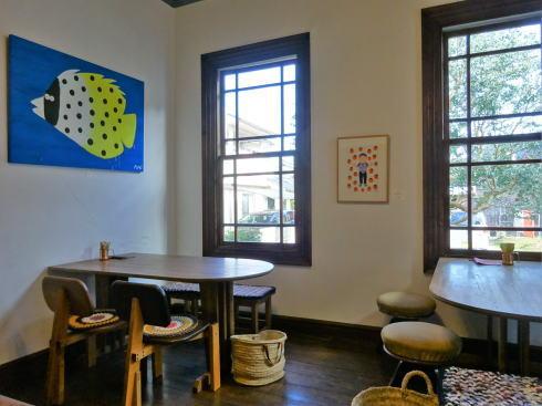 尾道 御調 まるみデパート カフェのフロア
