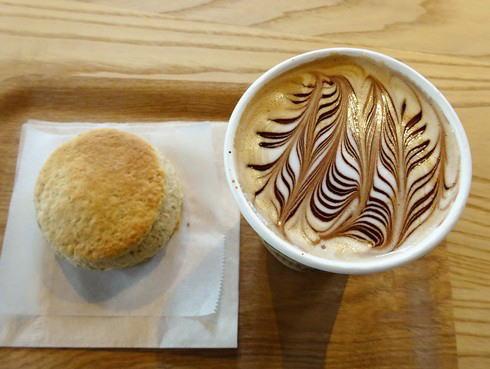 福山のコーヒー店 エクストラクターズコーヒー バイ ノックワイ チョコレートラテ