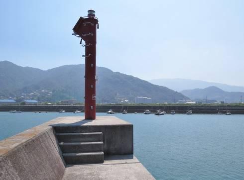 安浦漁港の灯台