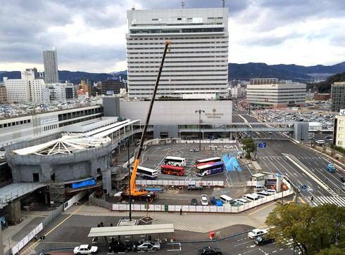 形になってきた広島駅北口 ペデストリアンデッキの様子