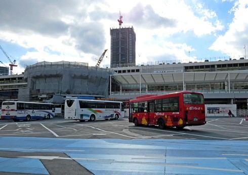 広島駅北口の工事の様子
