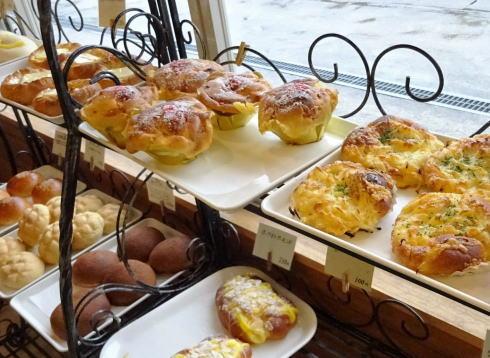 豊栄町のパン屋さん リュラル・ブーランジェ 店内の様子3